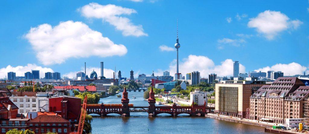 Oberbaumbrücke, lizensiert bei Adobe Stock