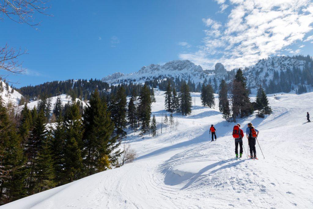 Skifahrer an der Kampenwand, lizensiert bei Adobe Stock