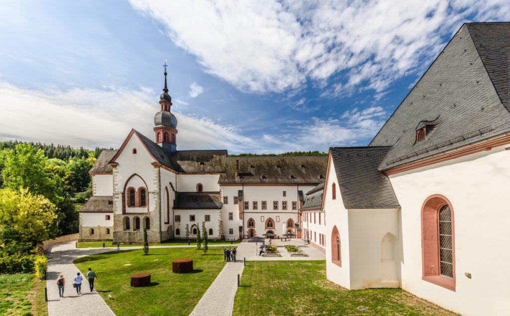 Kloster Eberbach, lizensiert bei Adobe Stock