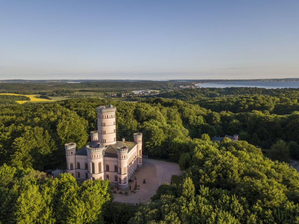Jagdschloss Granitz, lizensiert bei Adobe Stock