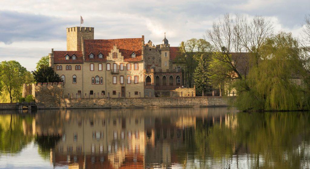 Schloss Flechtingen, lizensiert bei Adobe Stock
