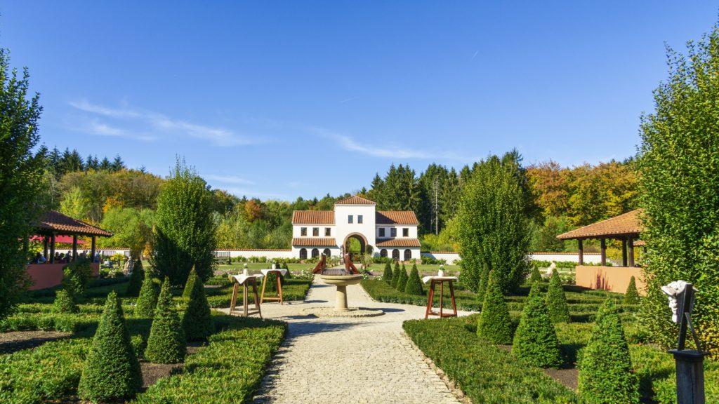 Villa Borg, lizensiert bei Adobe Stock