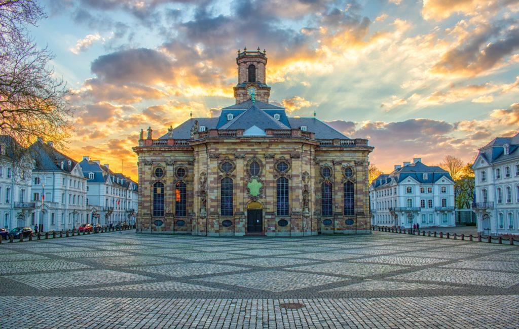 Ludwigskirche, lizensiert bei Adobe Stock