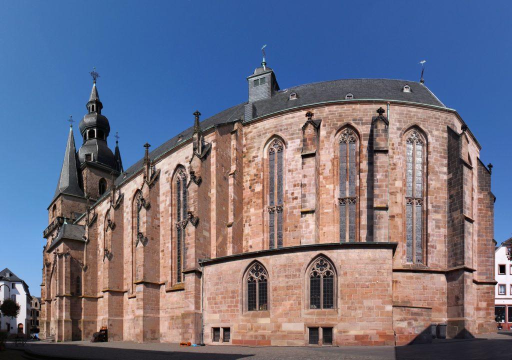 Stadtkirche, lizensiert bei Adobe Stock