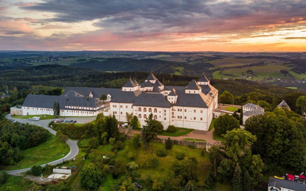 Schloss Augustusburg, lizensiert bei Adobe Stock