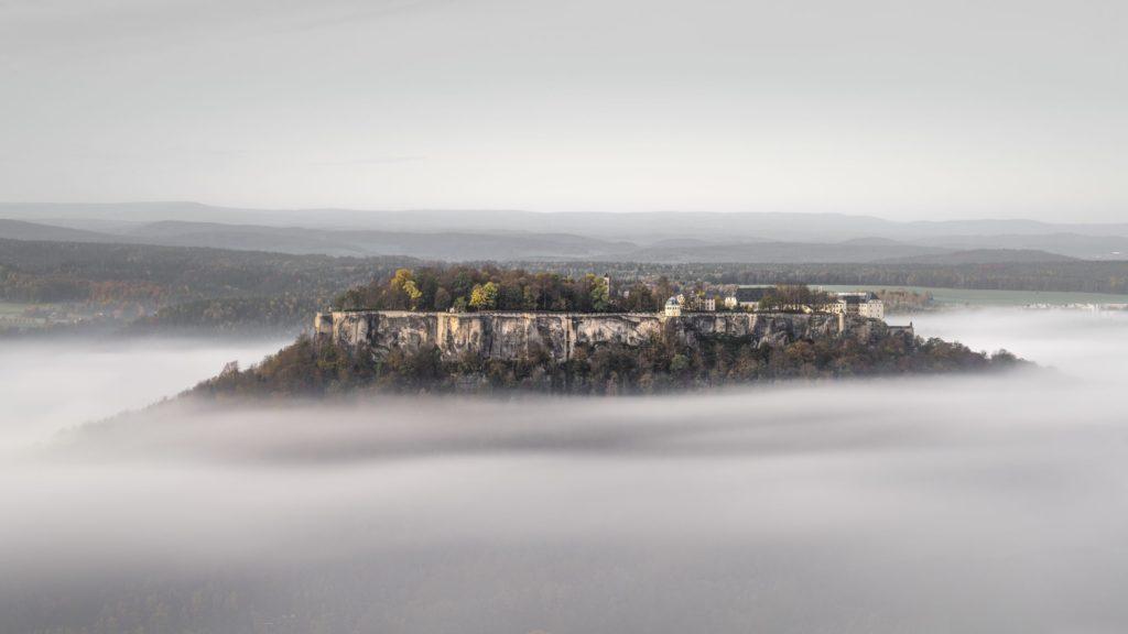 Festung Königstein, lizensiert bei Adobe Stock