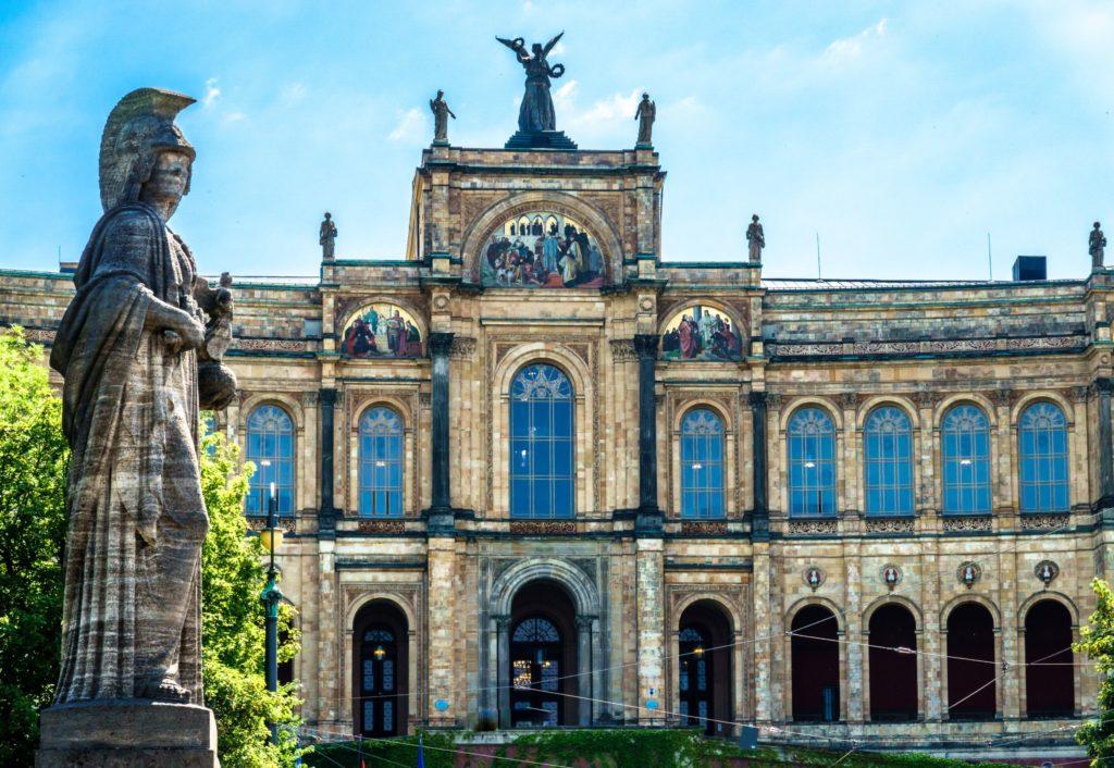 München Maximilianeum. lizensiert bei Adobe Stock